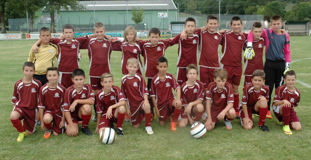 Résumé des matchs   Jeunesse Sportive du Lévézou Football - Flavin ... edd7f6769cbc